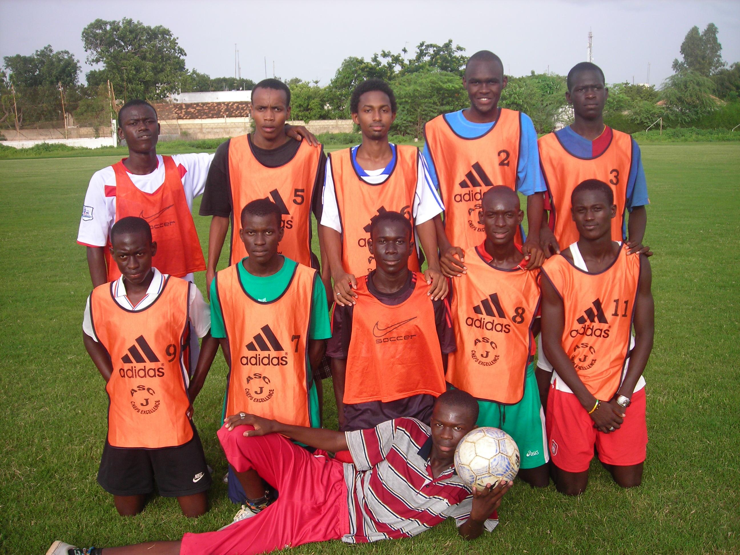 sportmanko@hotmail.com http://www.footballmercato.com/en_ccjad_11480